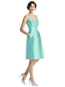 Alfred Sung Bridesmaid Dress D768