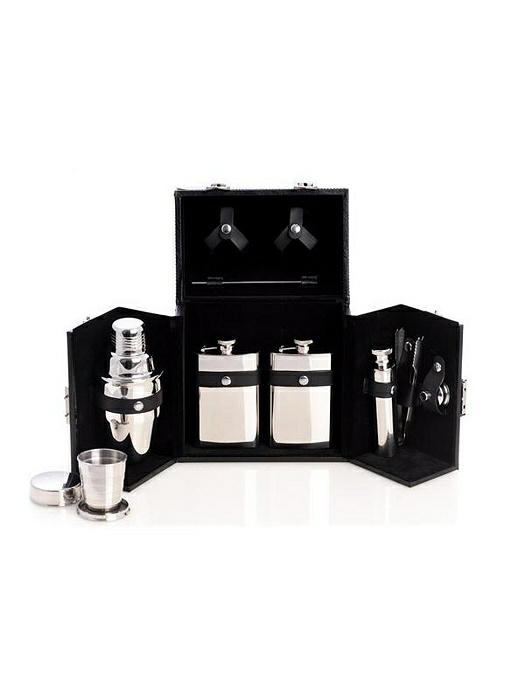 10 Piece Flask / Shaker Set, T.P.